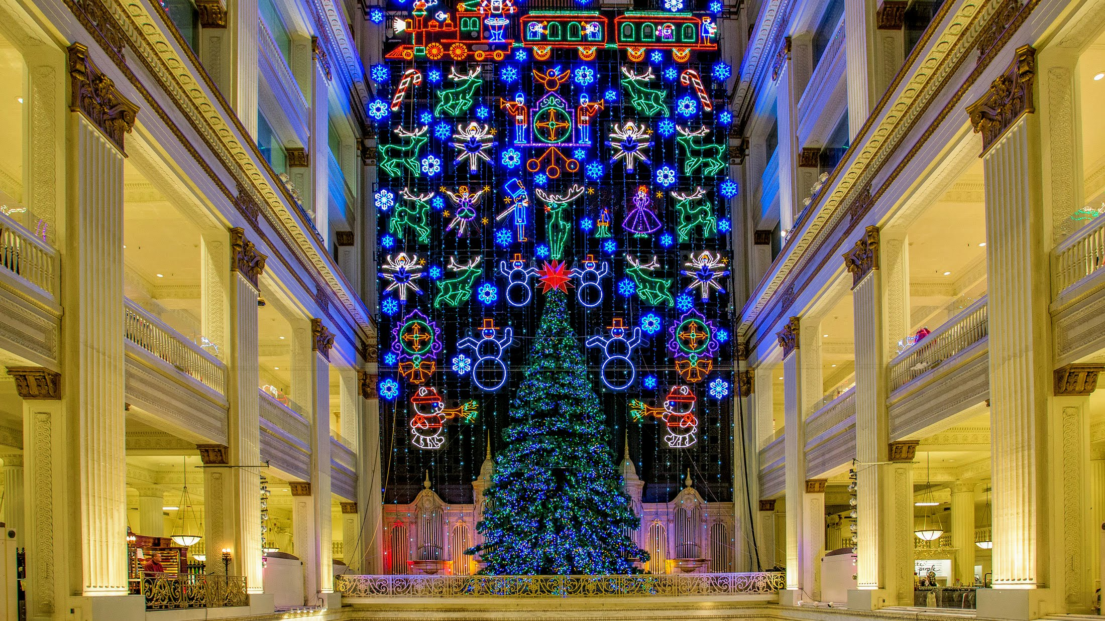 Macys Christmas Light Show Philadelphia 2020 Top Free Holiday Attractions in Philadelphia for 2019 — Visit